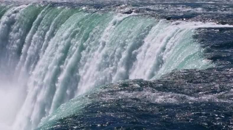 Niagra Falls Sonja