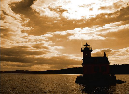 Esopus Lighthouse on the hudson river